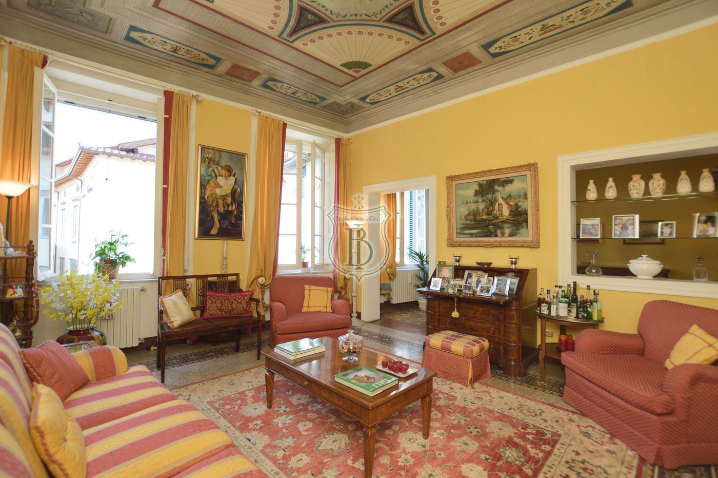 Appartamento in Vendita a Lucca, Lucca, Toscana, Versilia