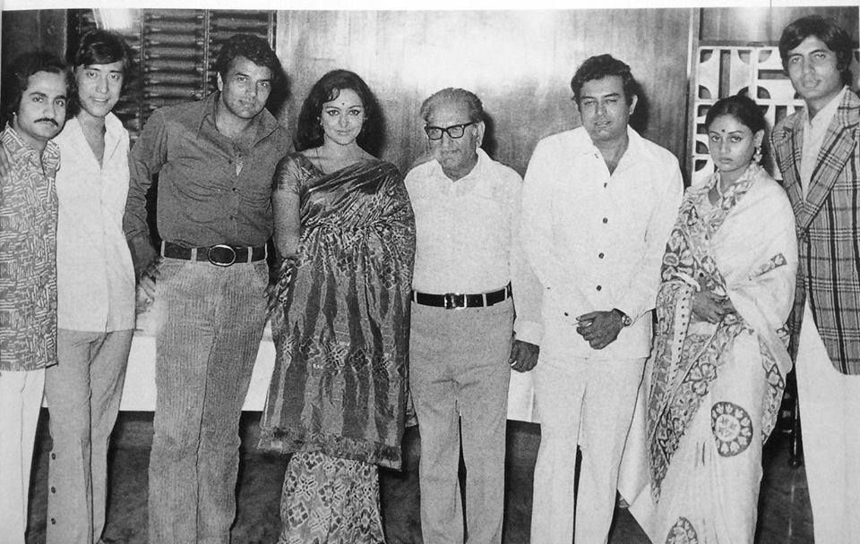 Happy Birthday, Danny Denzongpa. The 'Sholay' stars with producer  G.P.Sippy, director Ramesh Sippy and Dan… | Gabbar singh, Simple first  birthday, Bollywood stars