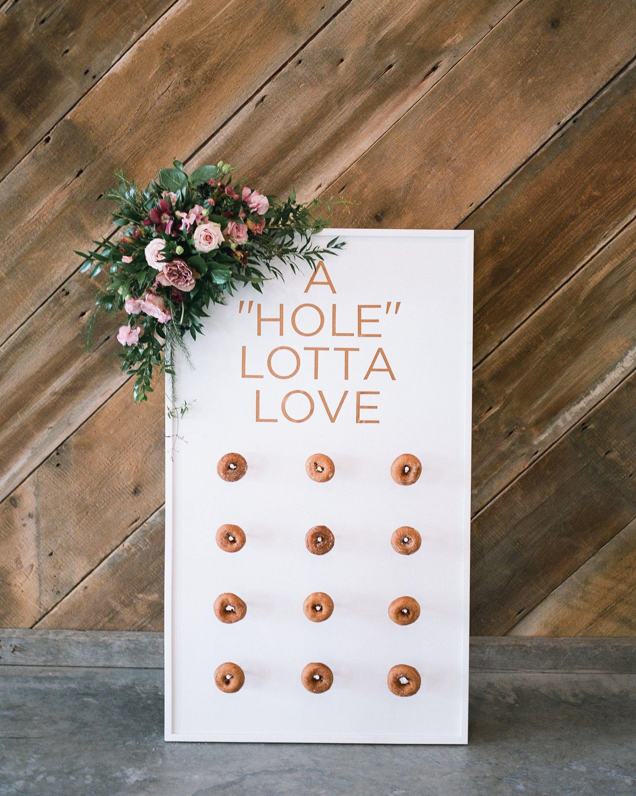 22 Unique Ideas for Your Fall Engagement Party #engagementparty