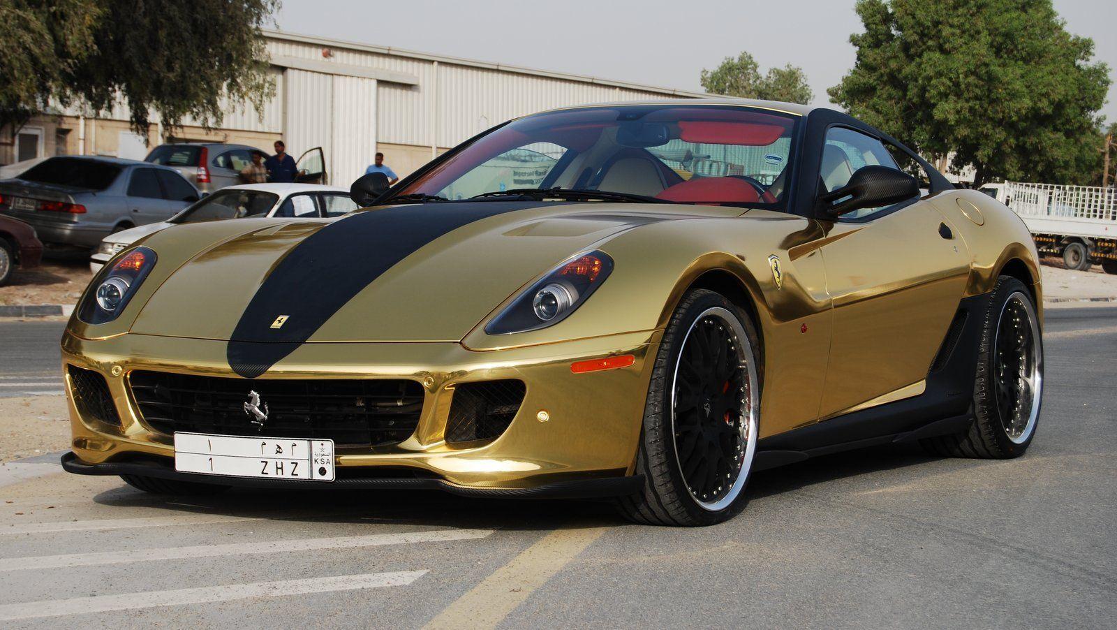 gold ferrari 599 gtb fiorano v12 612 hp 0 100 km h 62 mph in 3 7 seconds 0 200 km h 124 mph. Black Bedroom Furniture Sets. Home Design Ideas
