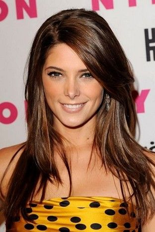 Fantastic Long Layered Hairstyle With Side Bangs For Straight Hair Pretty Designs Hair Styles Layered Hair Ashley Greene Hair