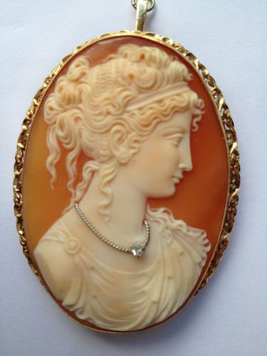 Antique cameo brooch with diamond feature necklace 18ct gold antique cameo brooch with diamond feature necklace 18ct gold filligree set mozeypictures Images