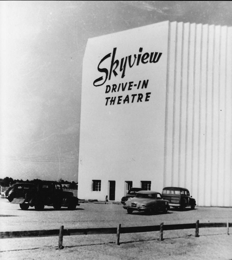 The Skyview Drive In Theater Was Located On Olive Road Between The Georgia Railroad Overhead Bridge And Mil Drive In Theater Augusta Georgia Georgia On My Mind