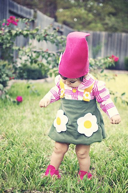 garden gnome halloween costume This is probably cuter on kids, but I - toddler girl halloween costume ideas