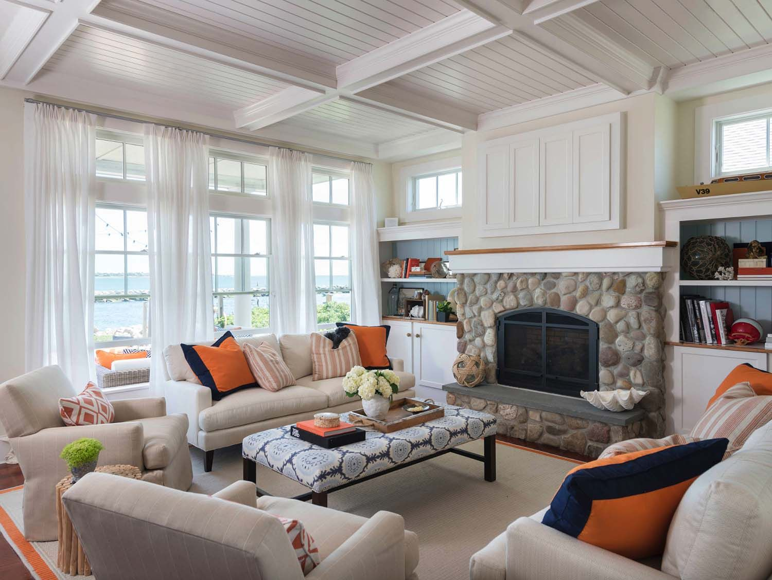 surprising new england style living room | A dreamy New England beach house with seaside views | Cozy ...