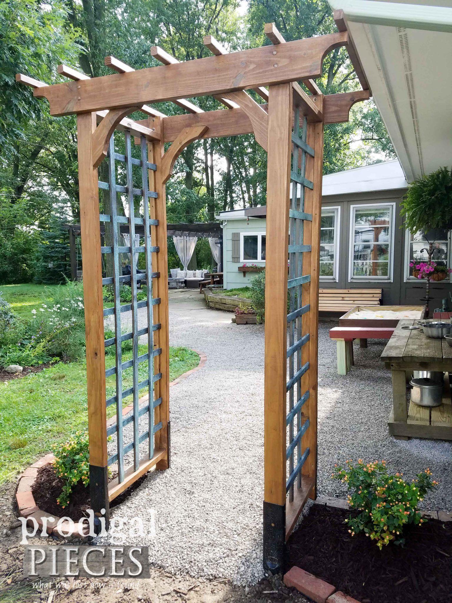Diy Garden Arbor With Faux Patina Build Plans Garden Archway