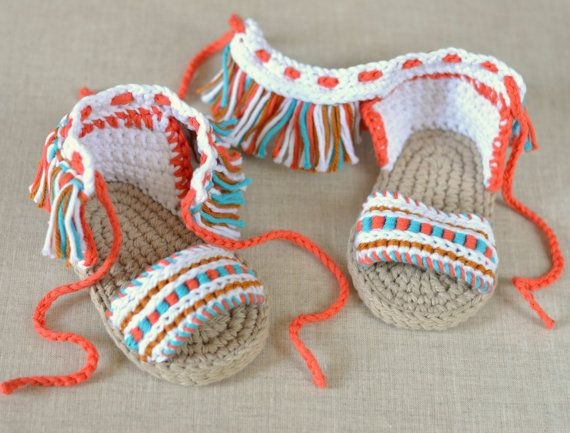 287a748374ba Crochet Pattern Baby Sandals with Fringes - the ultimate in Boho Style for  Baby. The ideal sandal for late summer days