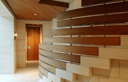 encuentra este pin y muchos ms en barandas fotos de barandales de madera para escaleras