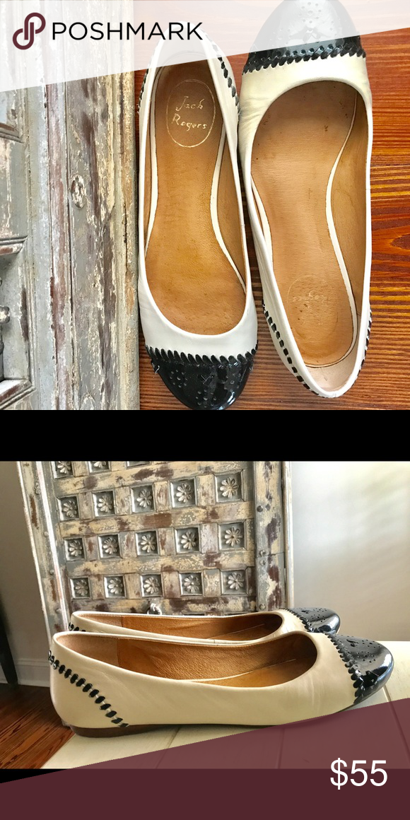 Jack Rogers flats Jack Rogers, black and white flats size 8 Jack Rogers Shoes Flats & Loafers