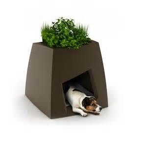 Pin by Tim on Dog Houses (With images) Cool dog houses