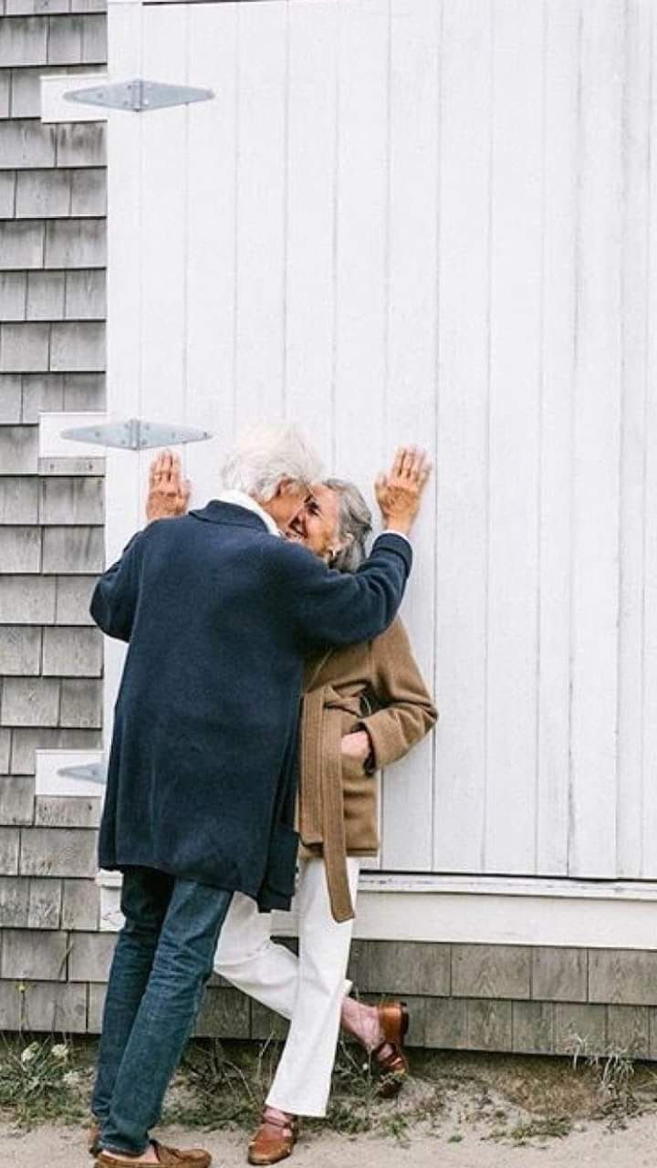 Pin By Lesego Moropa On Fashion Couples In Love Couples Growing Old Together