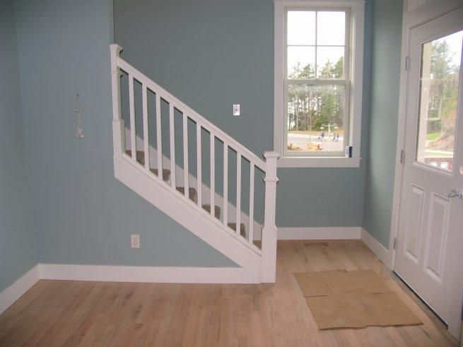 Craftsman Handrail | Picture: Stair Hand Rail Provided By Distinctive  Woodcraft Elma, WA .