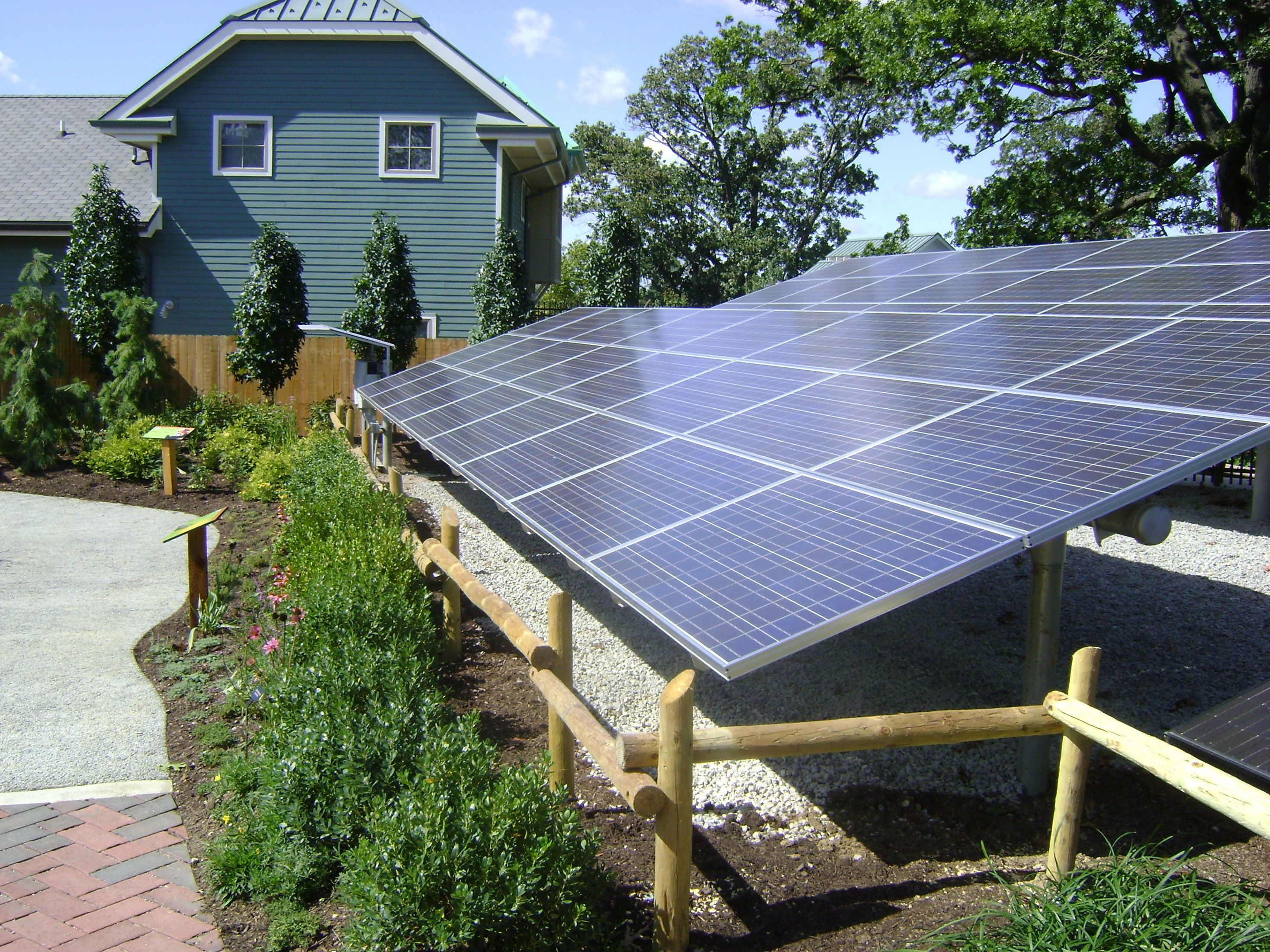 The Best Uses Of Solar Energy 1 Power Your Home With Solar Energy 2 Swimming Pools With Solar Heat 3 Solar H Solar Panels Solar Solar Hot Water Heater