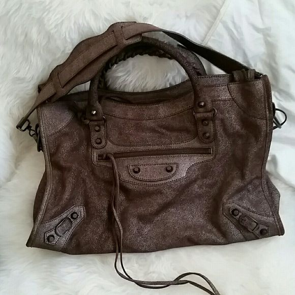 9aa9169645 100% Authentic Balenciaga Bag NWOT. This was an impulse buy...stored ...