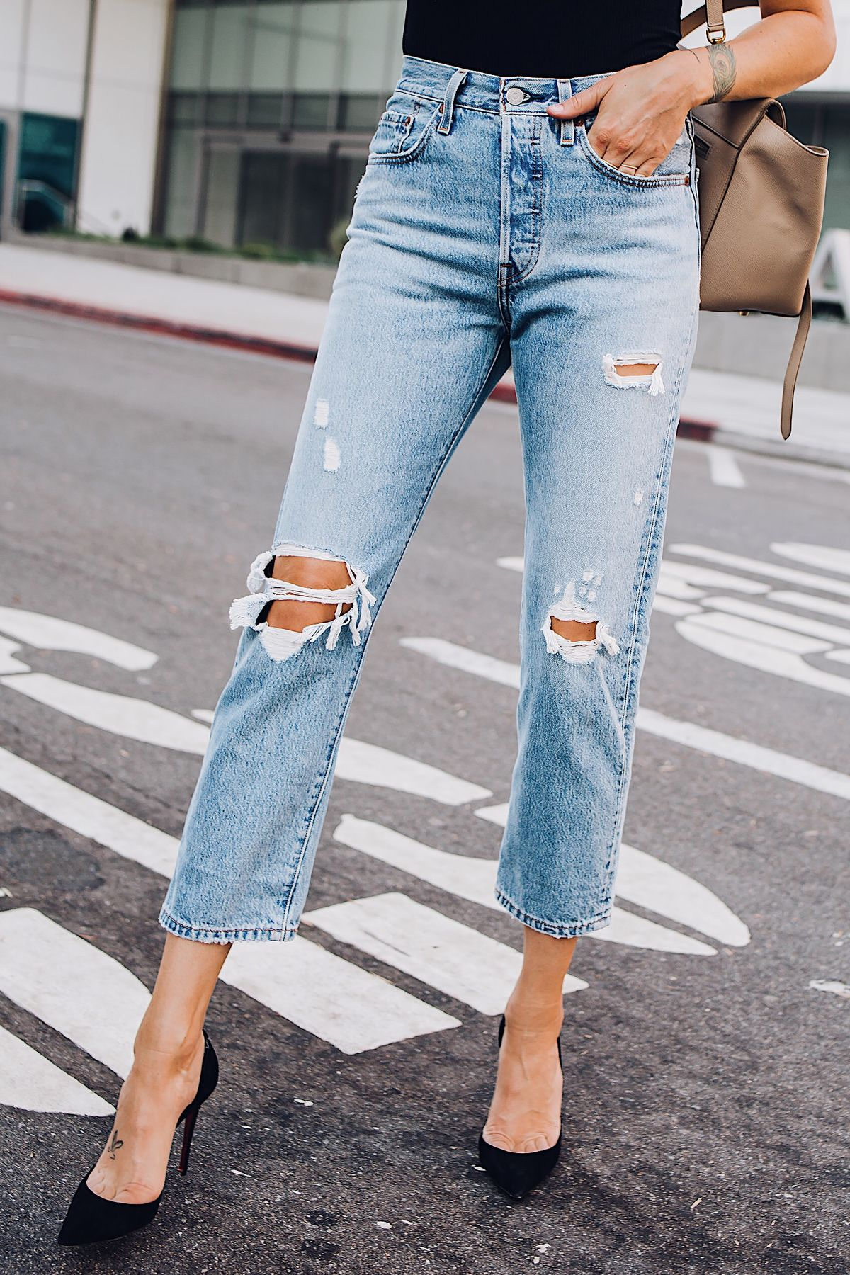 480a9d12971b Woman Wearing Levis Wedgie Straight Leg Ripped Jeans Black Pumps Fashion  Jackson San Diego Fashion Blogger Street Style