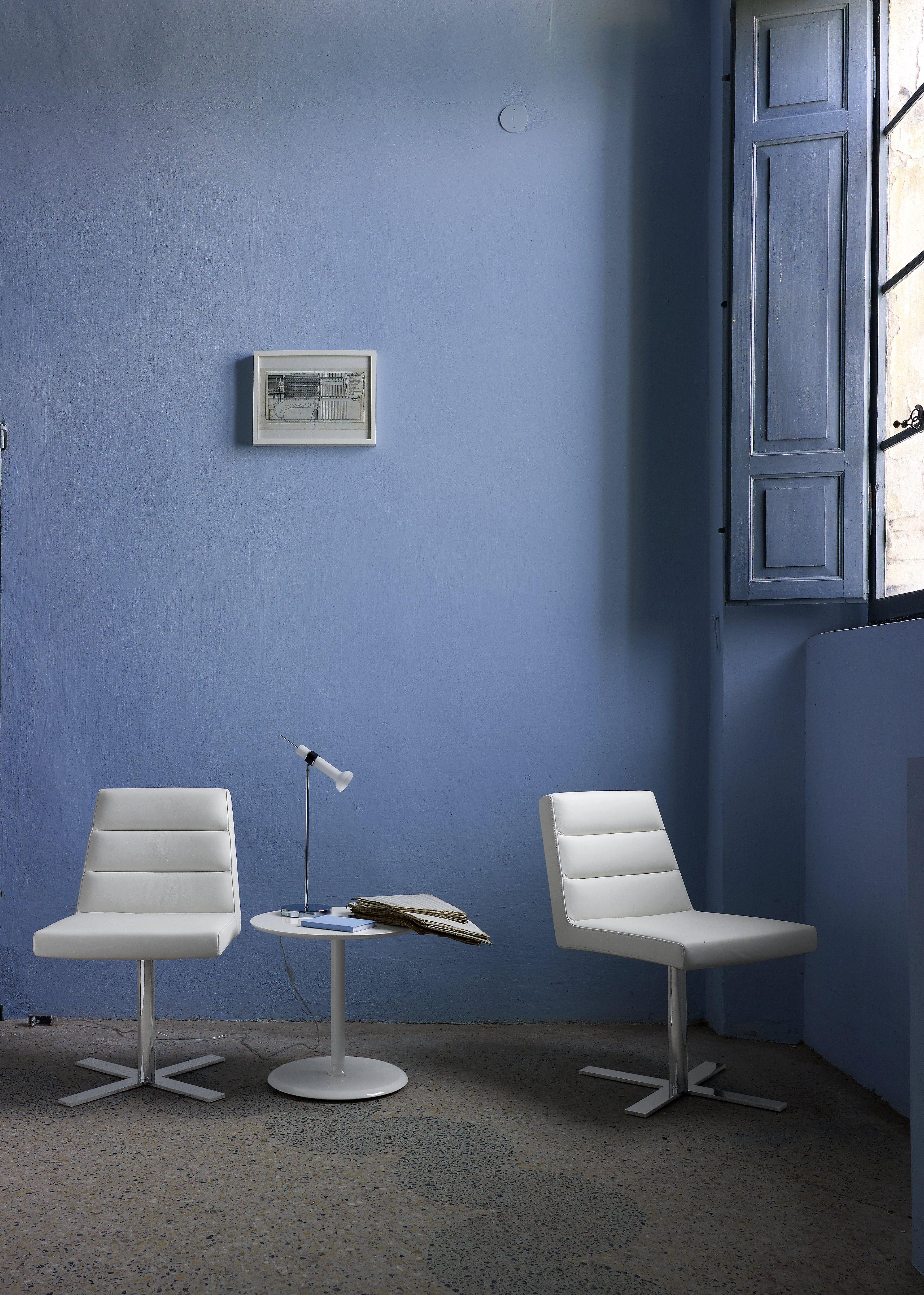 ligne roset guggen designed by andr kikoski for the new. Black Bedroom Furniture Sets. Home Design Ideas