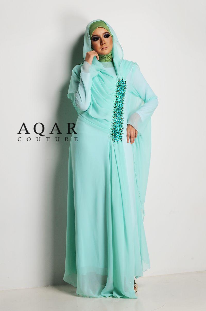 Pin By Asiya Batson On Hijab Beautiful Muslim Women Light Green Dress Fashion