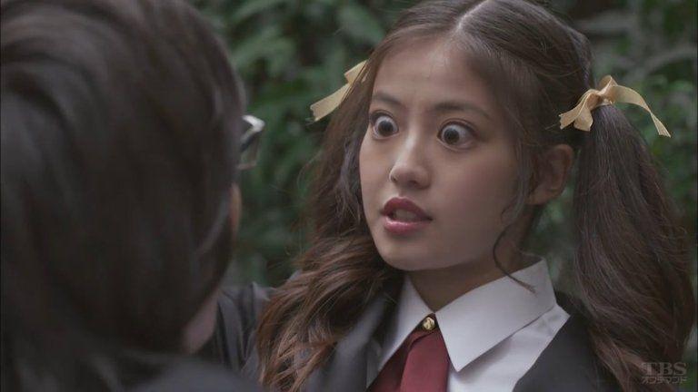 今田美桜の目が怖い!目頭切開で整形疑惑も【比較画像】高校や