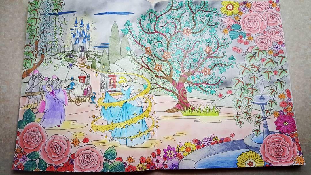 Cinderella 旅するディズニー塗り絵 大人の塗り絵 Japanese And