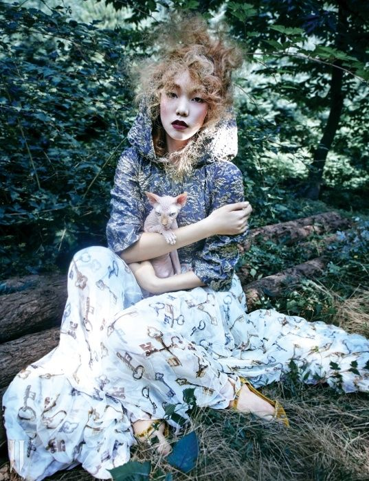 신비의 숲에서 만난 돌체&가바나 - Fashion, Beauty and Style Now, W Korea