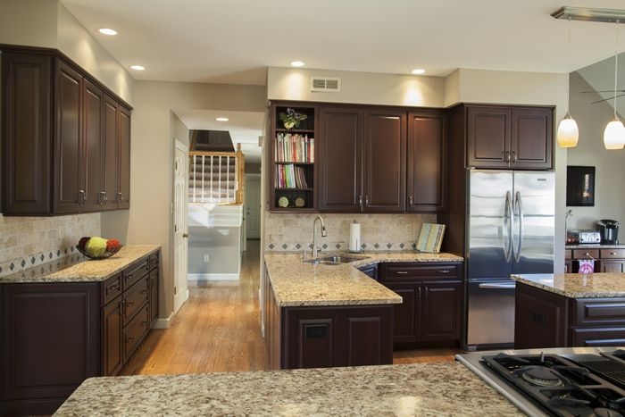 Cabinets: Bordeaux Maple with Black Glaze, Full Overlay ...