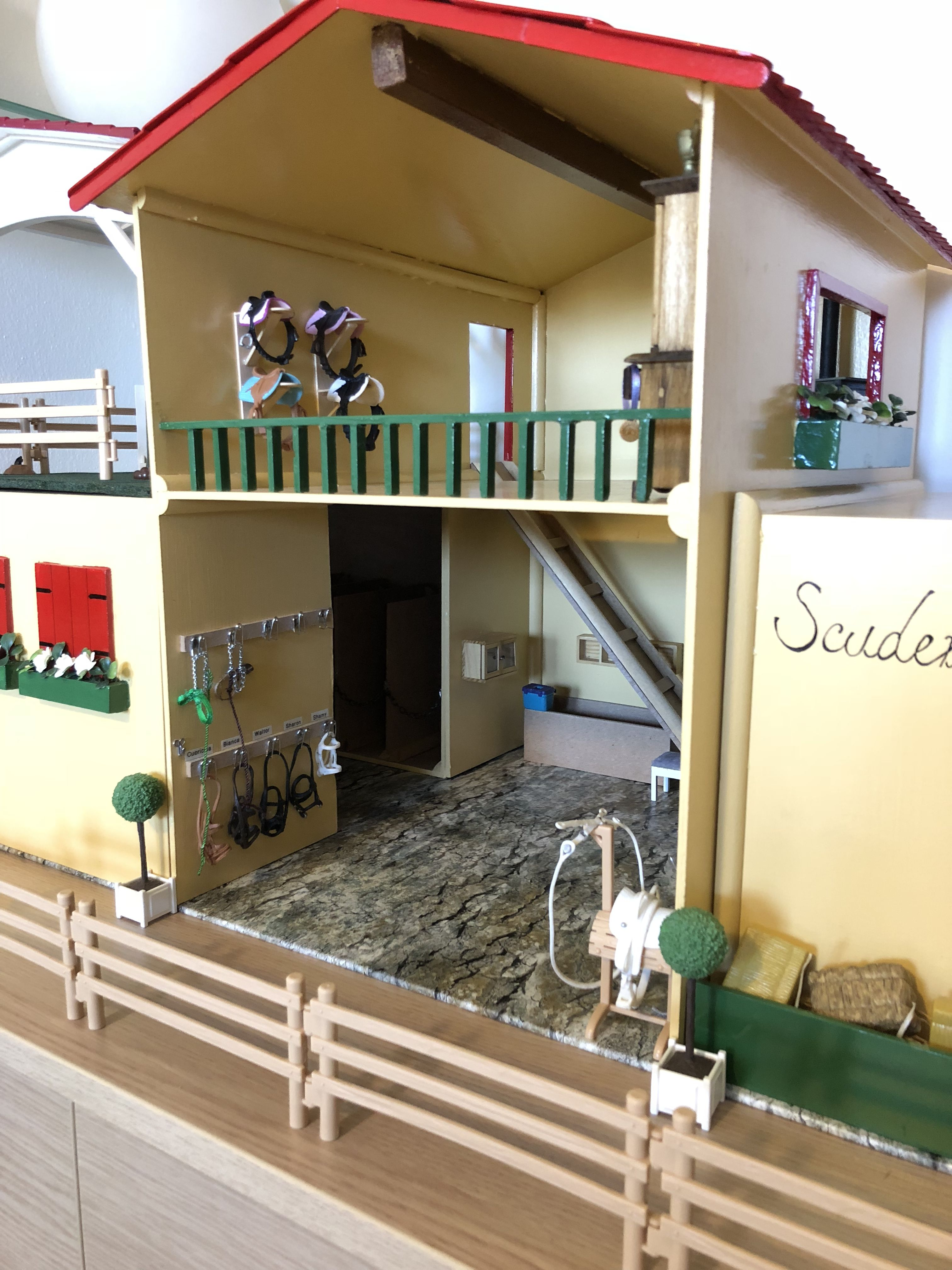 Barbie Pole Jumping Grand Champion Horse Barn