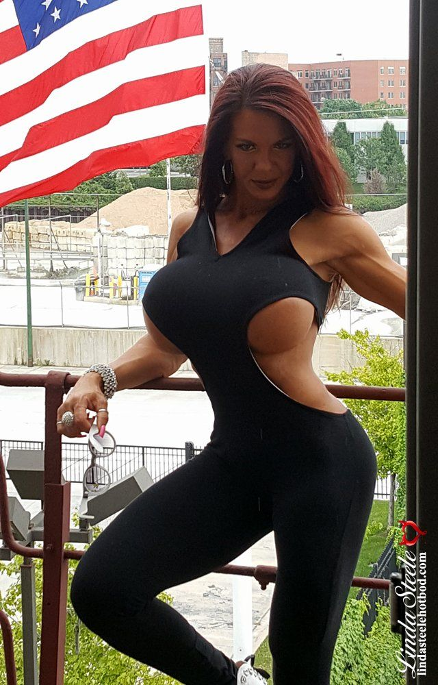 Hot MILF teasing us with her rocking body