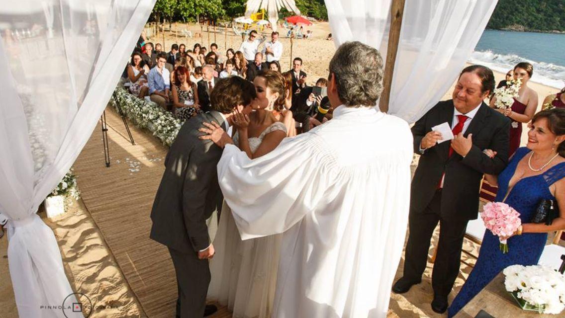 real wedding, casamento real, casamentotabiecarlos, beach wedding, casamento na praia, praia, beach, i do, bride, wedding detail, love, amor, noiva, noivo, festa, decoracao, festa, altar, cerimonia, ceremony