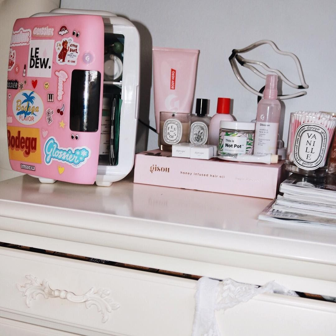 Amyserrano What S In My Cooluli Skincare Fridge Perfect For Skincare And Cute Enough To Keep On Any Vanity Keep You Natural Hair Mask Clean Face Skin Care