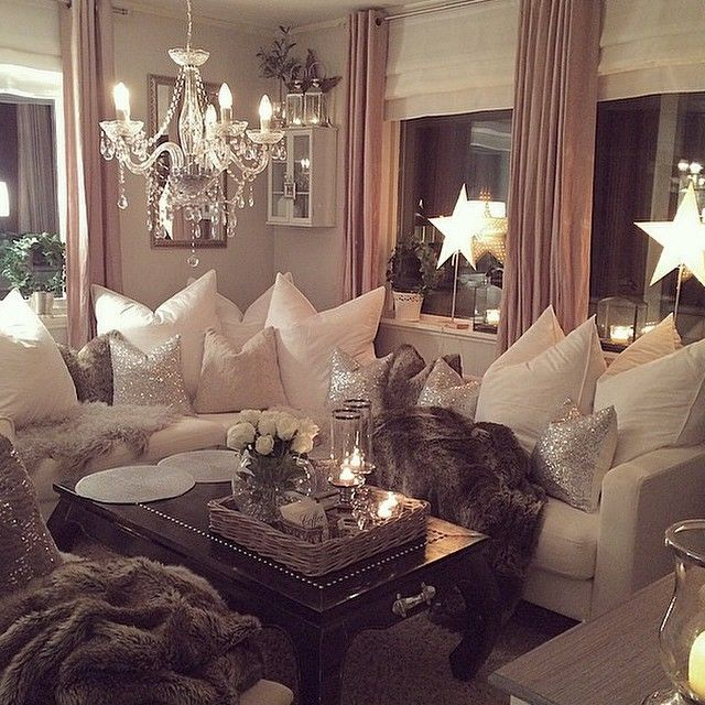 Love everything about this living room. Pillows, sequins, candles  #Livingroom #cozy #cocooning #homesweethome #pillows #sheepskin #sequins #grey #white #silver #candles #blankets
