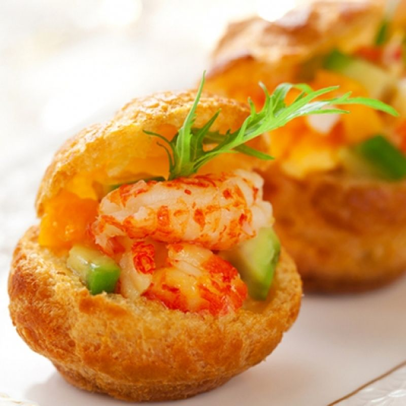 A delicious recipe for prawns with avocado canape these for Appetizer canape