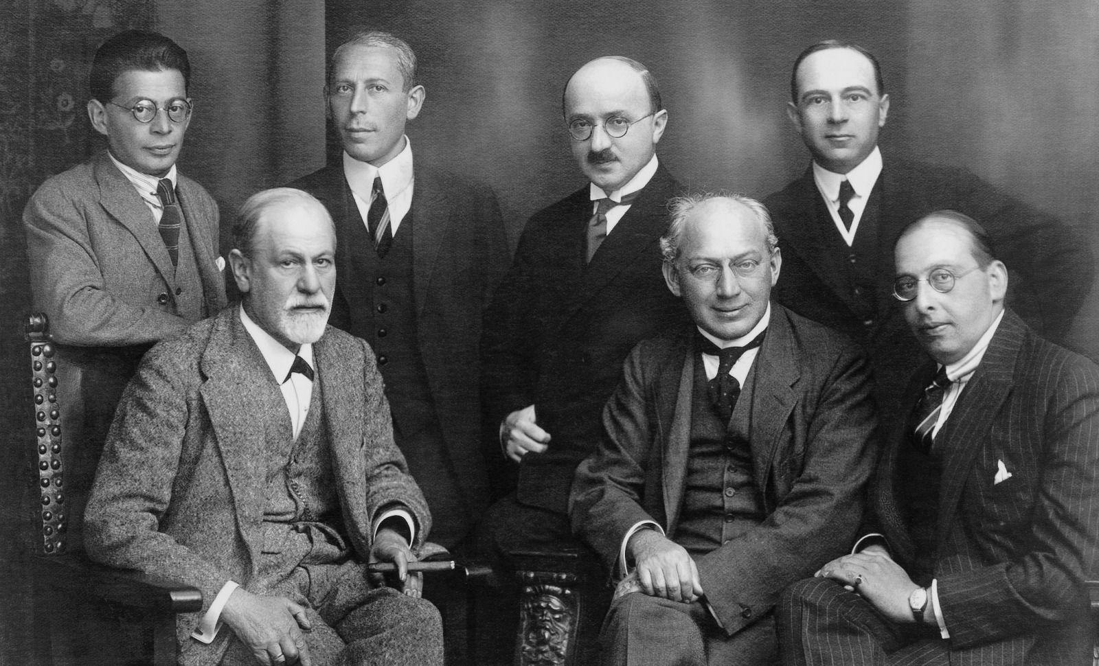 Le Psy Un Ami De La Famille Causeur Sigmund Freud Psychanalyse Psychanalise