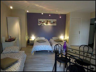 Une Des Chambres Du0027hôtes à Vendre à Villeneuve Les Avignon Dans Le Gard