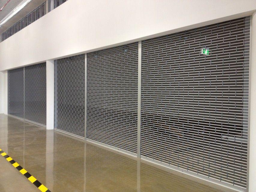 Especialistas en todo tipo de puertas enrollable es para for Tipos de garajes