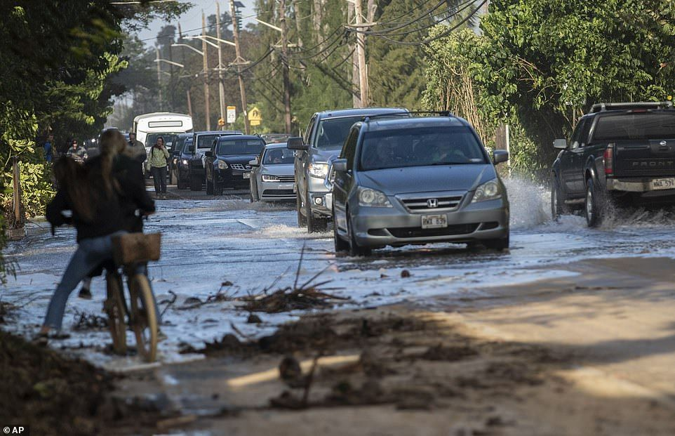 Strong storm brings damage and snow to Hawaii North