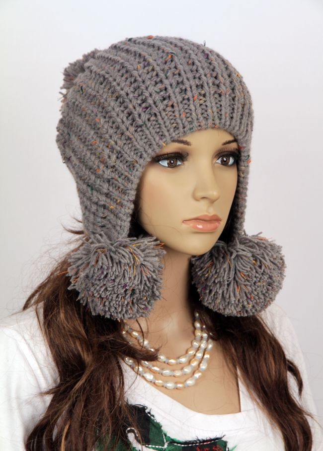 Slouchy Woman Handmade Knitted Hat Knit hats, Pom poms ...