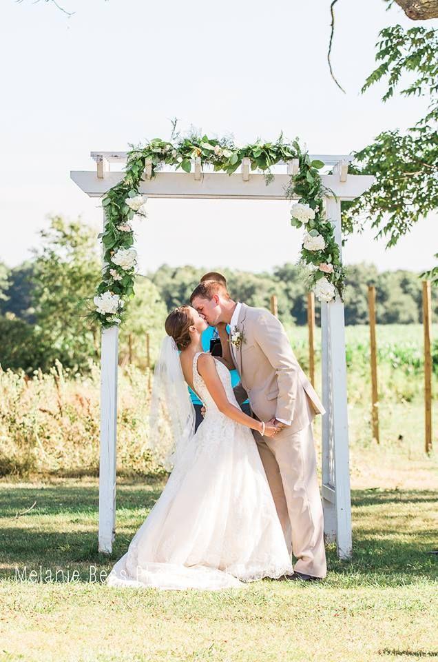 Cherry Barc Farm Wedding Venue Vermontville Mi Photo By Melanie Bess Farm Wedding Venue Dream Wedding Venues Outdoor Wedding