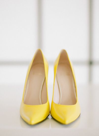 Yellow wedding shoes  http   www.stylemepretty.com 2015  4e6dd1a907ce