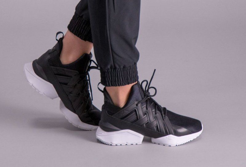 8b8a62d99ea7 Puma Muse Echo Satin Sneakers Review