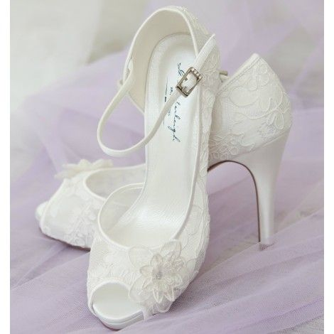 Lola By G Westerleigh Vintage Lace Ivory Wedding Or Occasion Shoes