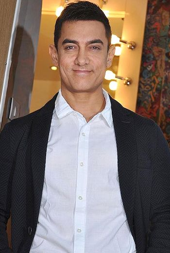 Aamir gets back to college again!