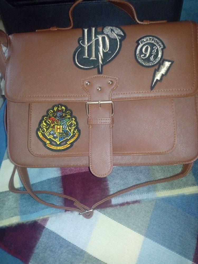 Harry Potter Hogwarts Platform 9 34 Bag Satchel Handbag Brown