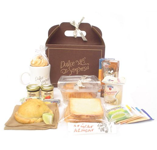Desayuno Básico Food Gifts Breakfast Basket Tiny Food