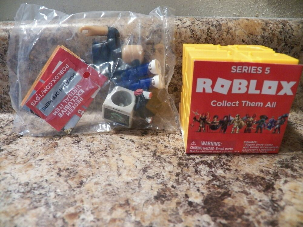 Details About Roblox Series 5 Simbuilder With Exclusive Game Code