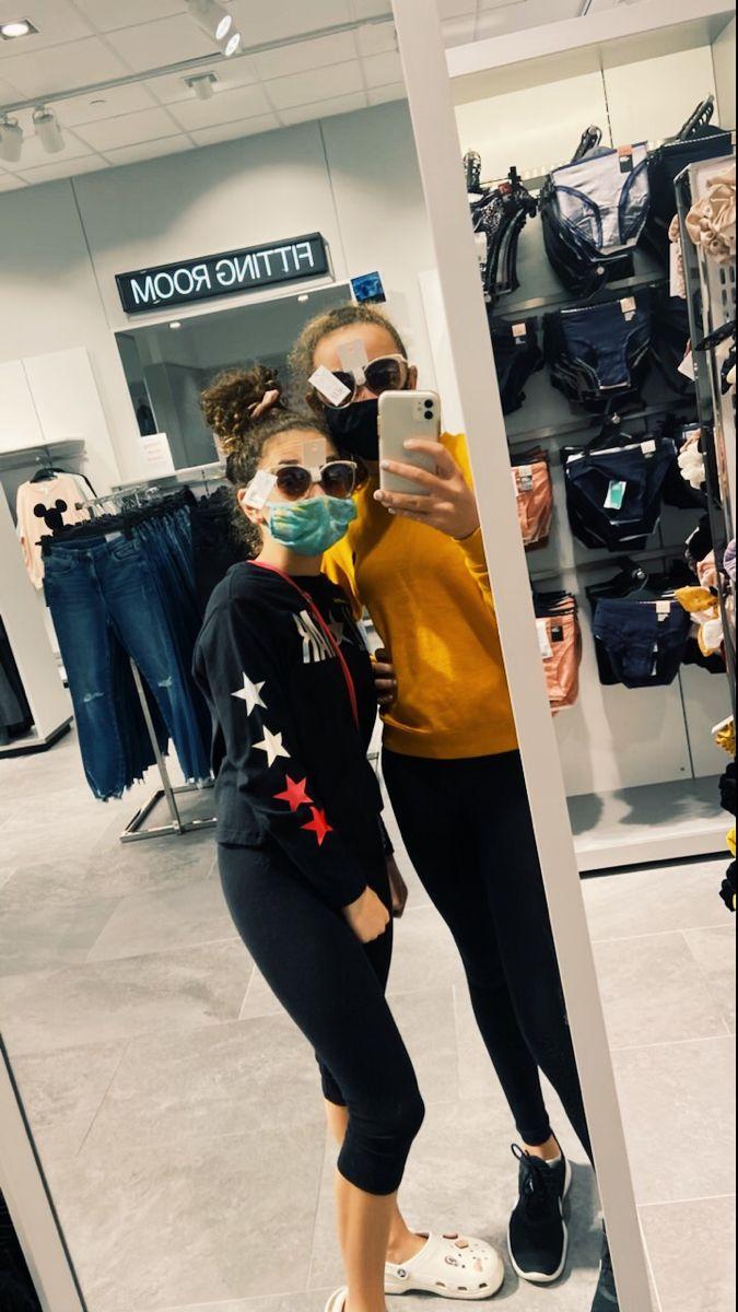 #besties #friendshipgoals💖👯 #bff #bffgoals #shopping #shoppingaddict