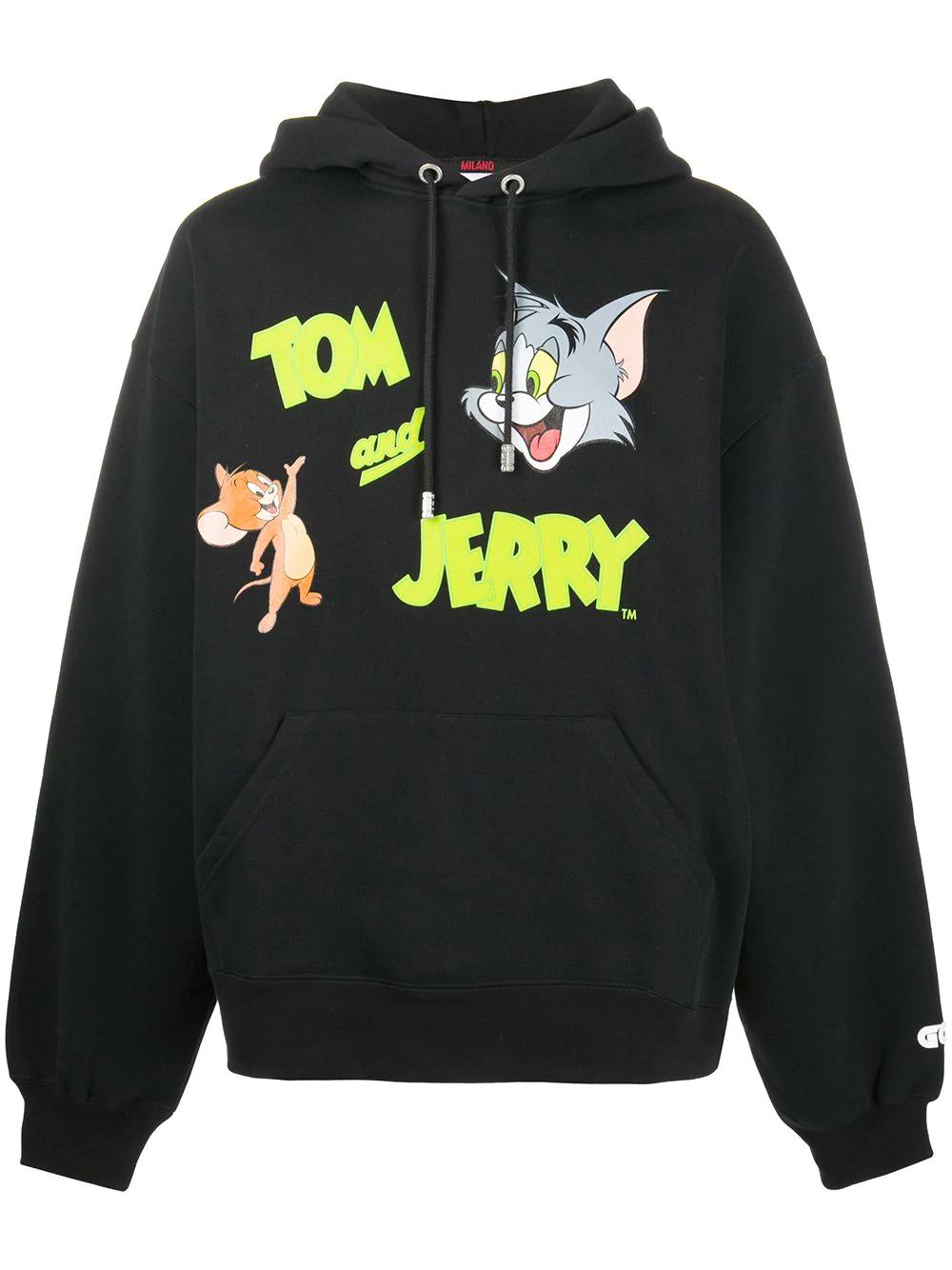 Gcds Tom Jerry Hoodie Farfetch In 2021 Printed Sweatshirts Hoodies Stylish Hoodies [ 1334 x 1000 Pixel ]