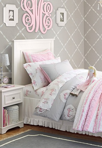 Absolutely Loving This Pink And Gray Palette, This Wallpaper And The Darling Monogram Above The Bed! Http:… | Pink Bedroom For Girls, Pink And Grey Room, Girly Room