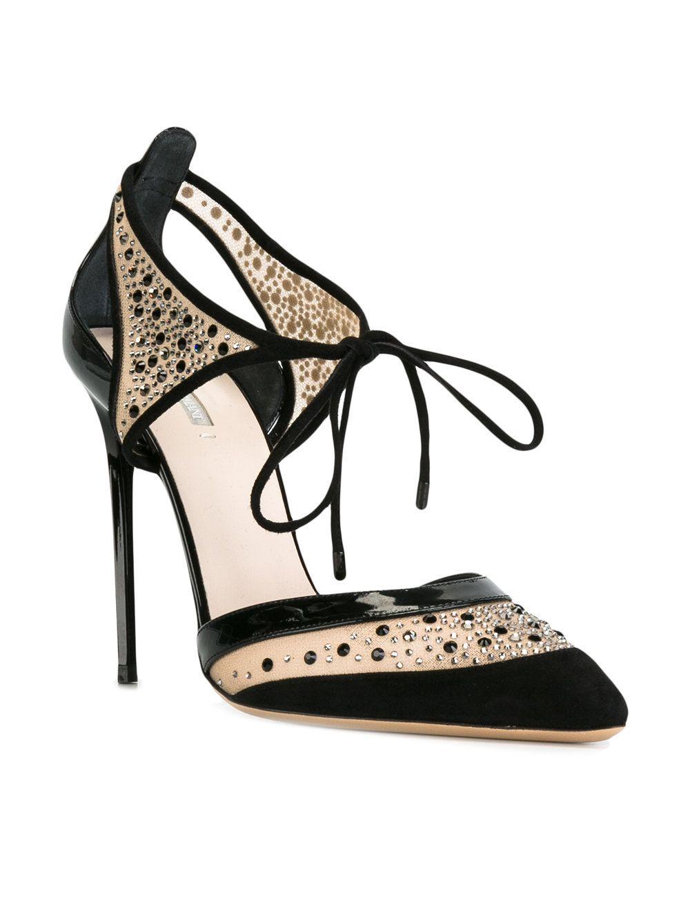 0fc90ba89b3a https   www.farfetch.com lu shopping women giorgio-armani-cut-out-pumps -item-11910681.aspx storeid 9436
