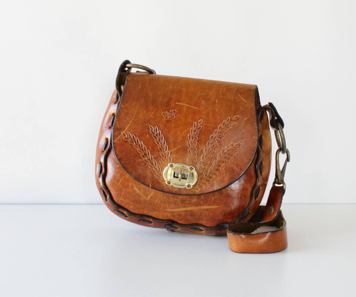 25d1d3a0178f Vintage Tooled Leather Purse • 60s Purse • Tooled Saddle Bag • Vintage Tooled  Purse •