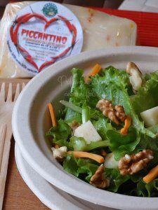 insalata noci e formaggio Piccantino #veggie #vegetariano